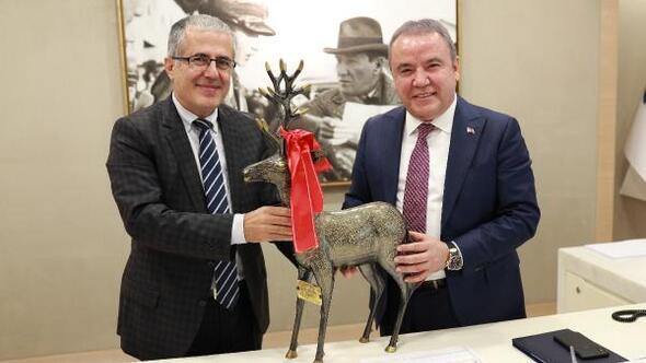 Akdeniz Sanayi Sitesinden Başkan Böceke ziyaret