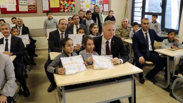 Gaziantepte 632 bin öğrenci karne aldı
