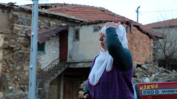 Depremin boyutu Malatyada gün ağarınca ortaya çıktı
