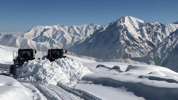 Hakkaride karla mücadele
