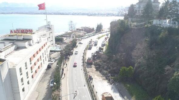 Orduda, heyelan nedeniyle kapanan karayolu, ulaşıma açıldı