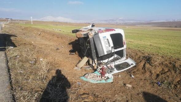 Aksaray'da şarampole devrilen aracın sürücüsü öldü