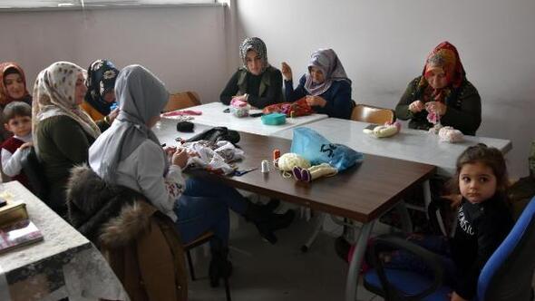 Bitlis Belediyesinin kadınlara yönelik açtığı kurslara yoğun ilgi
