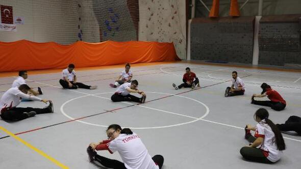 Down Sendromlular Atletizm Milli Takımı Nevşehir'de kamp yapıyor