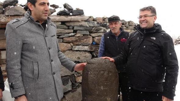 Erzurumda Kıpçakların mezar taşı taşbaba bulundu