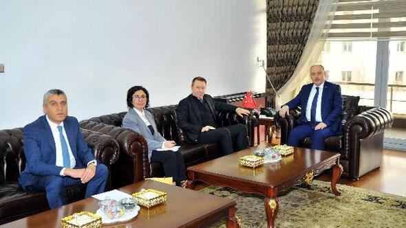 Büyükelçisi Marc Innes-Browndan, Vali Coşkuna ziyaret