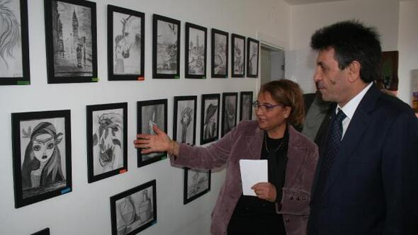 Erdemlide kara kalem ve akrelik tablo sergisi
