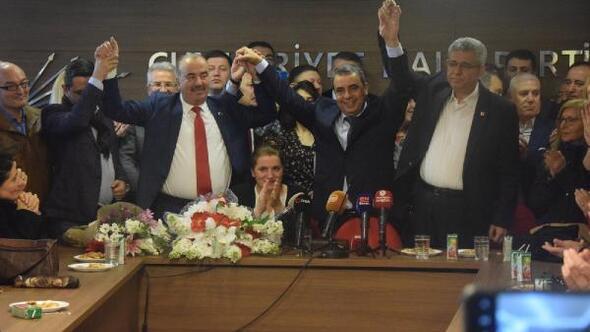 CHP Bursa İl Başkanı İsmet Karaca, görevi devraldı