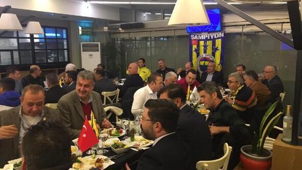 Edremit Fenerbahçeliler Derneğinden Nihat Özdemire istifa çağrısı