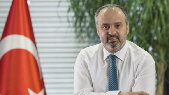Başkan Aktaş, sevgililer gününde Bursaya şiir yazdı