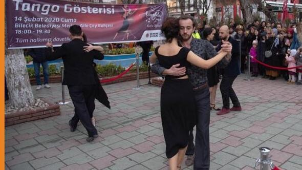 Bilecikte, Sevgililer Gününe özel tango gösterisi
