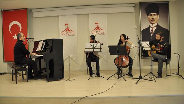 Karnaval'dan konser dersi