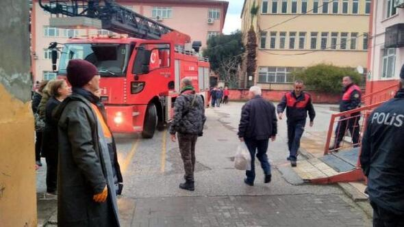 Okulda paniğe neden olan yangın