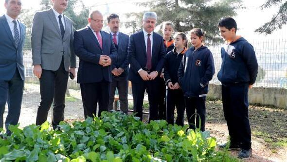 Vali Doğan, organik üretim yapan öğrencilerle buluştu