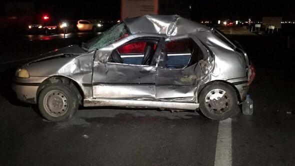 Kamyon, otomobille çarpıştı: 5 yaralı