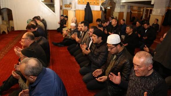 Sivasta Mehmetçik için Fetih Suresi okundu