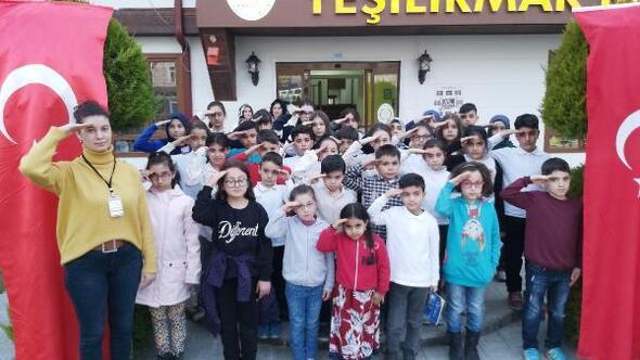 Minik öğrencilerinden Mehmetçike selam ve dua