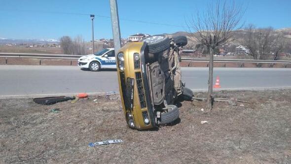 Gemerekte takla atan otomobilin sürücüsü yaralandı