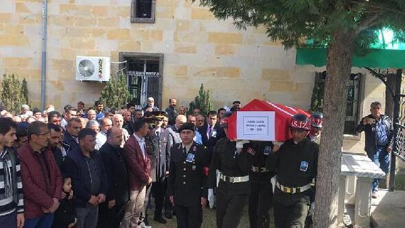 Hayatını kaybeden Kıbrıs gazisi toprağa verildi