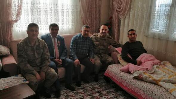İl Jandarma Komutanı Tombul, İdlibde yaralanan askerleri ziyaret etti