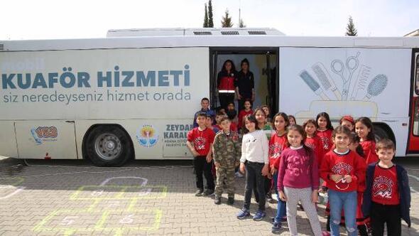 Adana Büyükşehir Belediyesinden öğrencilere saç tıraşı