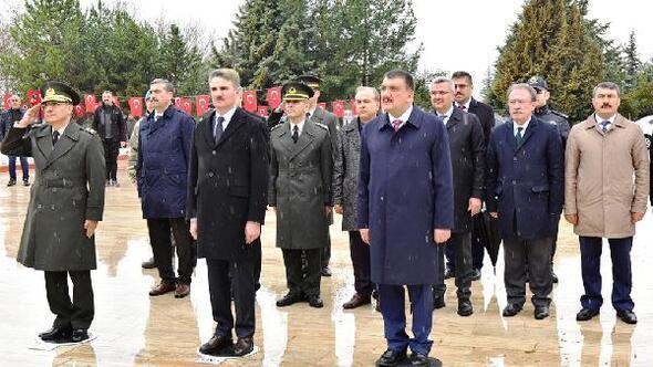 Malatyada, 18 Mart töreni Şehitlik Anıtında düzenlendi