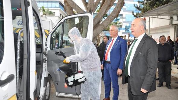 Adanada öğrenci servisleri dezenfekte edildi
