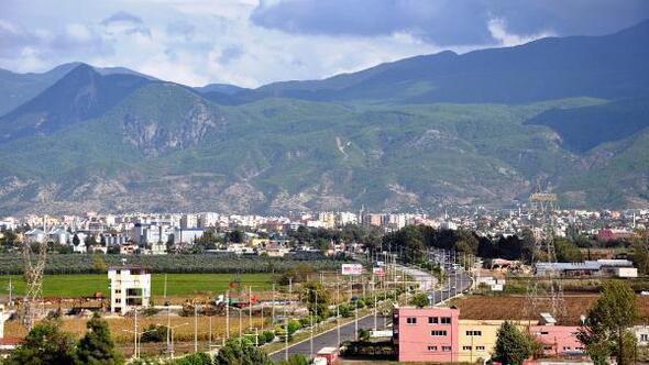 Osmaniyede, araç satış ve hayvan pazarları kapatıldı