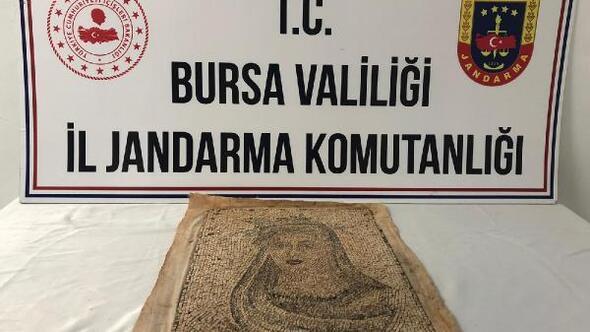 Bursada 1300 yıllık mozaik tablo ele geçirildi; 5 gözaltı