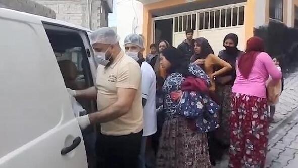 Birecik'te fırıncı 500 aileye ekmek fişi dağıttı