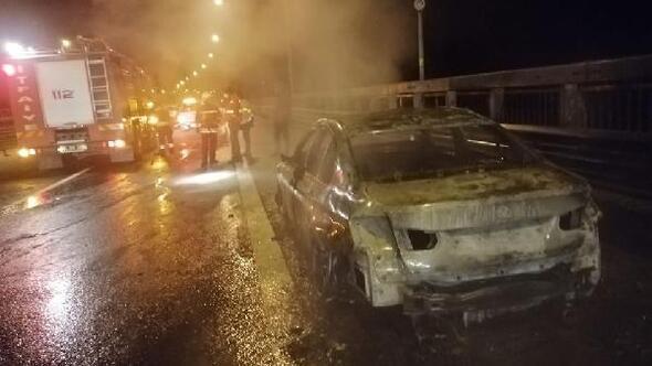 Bolu Dağında otomobil alev alev yandı