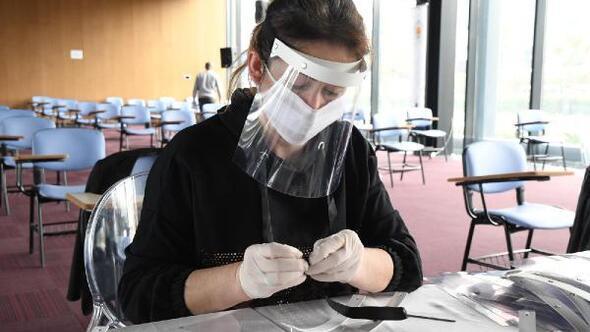 Samsunda belediye günde bin siperlik maske üretiyor