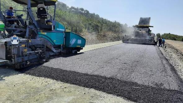 Samandağ-Arsuz yolu asfaltlanıyor