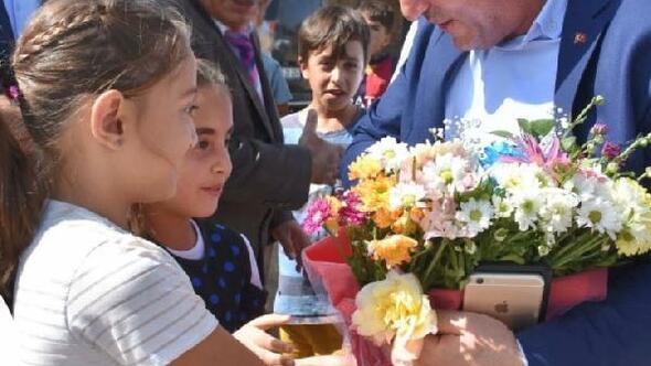 Çocuklardan video konferanslı 23 Nisan kutlaması