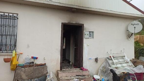 Sobadan çıkan yangında ev hasar gördü