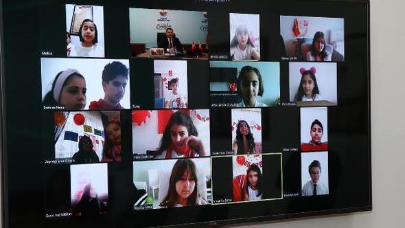 Başkan Eroğlu, çocuklarla video konferansla bir araya geldi