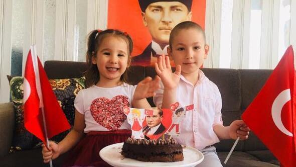 Miniklerin 23 Nisan pastası Vali Köşkerden