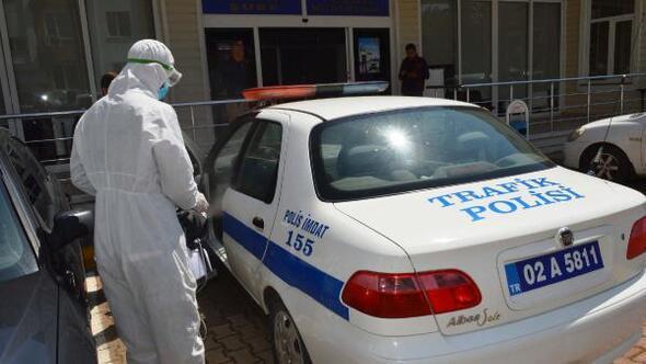 Adıyaman'da polis araçları dezenfekte edildi