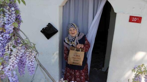 Bağcılar'da her gün 1000 kişiye iftar ve sahur yemeği