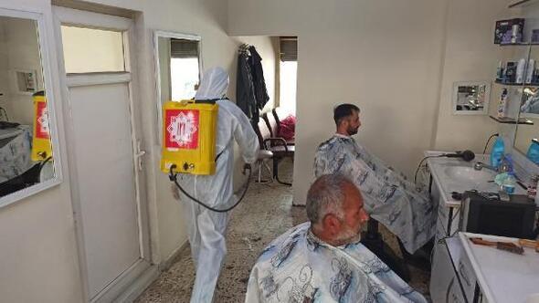 Elbistanda berber ve kuaförler dezenfekte edildi