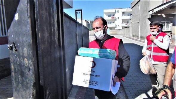 Kızılaydan Çınarda 250 aileye yardım
