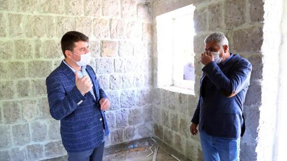 Aksaray Belediyesinin, Kılıçaslan parkındaki mescit yapım çalışması devam ediyor