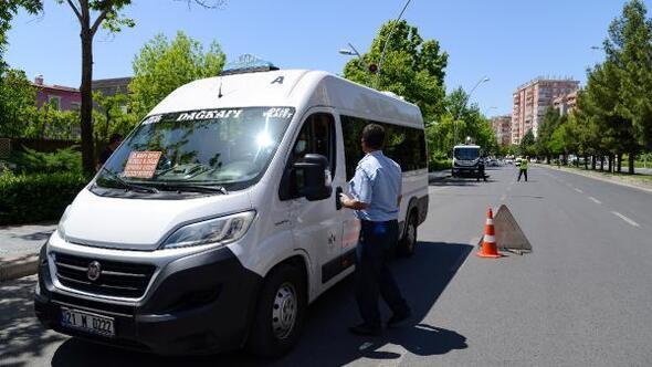 Diyarbakırda toplu taşıma araçları denetliyor