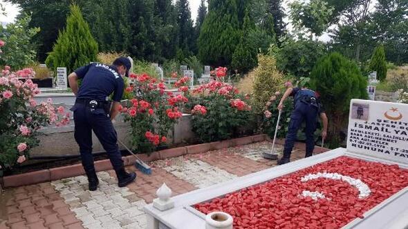 Salihlide, şehit mezarlarının bakımı gerçekleştirildi