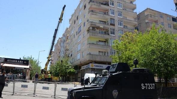 Diyarbakırda kolonları çatlayan 7 katlı binada güçlendirme çalışması
