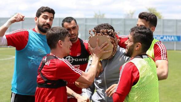 Sivassporda neşeli antrenman