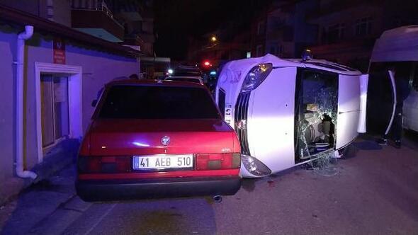 Tartıştığı kişinin üzerine otomobilini sürerken kaza yaptı:2 yaralı