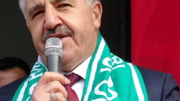 Eski Bakan Arslana hakaretten 5 kişiye 37 bin lira ceza