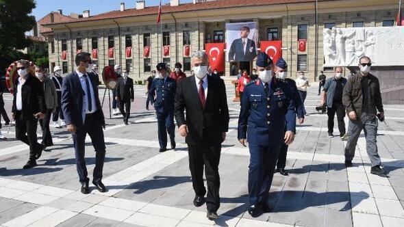 Atatürk'ün Eskişehir'e ilk gelişinin 100'ncu yıl dönümü törenle kutlandı