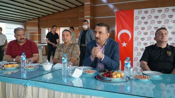 Vali Hacıbektaşoğlundan spor tesisinde inceleme